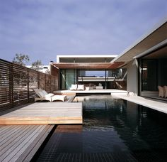 Voelklip, Hermanus, 2009 by SAOTA backyard love modern minimalist pool swimming clear sunny day diving fit exterior design Architecture Durable, Interior Architecture, Installation Architecture, Building Architecture, Moderne Pools, Swimming Pool Designs, Cool Pools, My Dream Home, Exterior Design