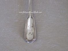 Antique Christofle Mustard Spoon Ladle Mid 19th century Rare Cuillere Engraved Crown Crest www.fatiguedfrenchfinds.com