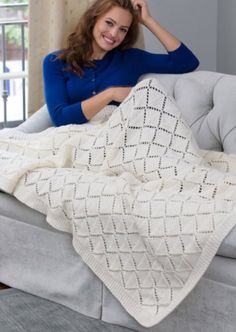 Delicate Diamonds Throw 2019 Delicate Diamonds Throwmight be a nice stitch pattern for a scarf or wrap. (Mult 14 The post Delicate Diamonds Throw 2019 appeared first on Blanket Diy. Afghan Crochet Patterns, Baby Knitting Patterns, Knitting Stitches, Free Knitting, Loom Knitting, Knitted Afghans, Knitted Baby Blankets, Knitted Blankets, Knit Or Crochet