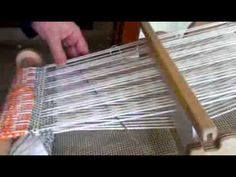 How to weave a honeycomb pattern on a Rigid Heddle loom, using pick up sticks