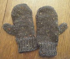 All Things Shea: Free Mitten Pattern for Toddlers - Updated 01/11/2010