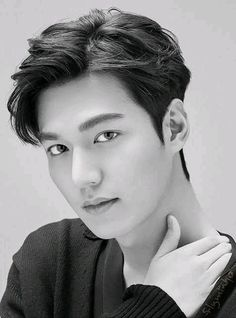 43 Ideas haircut korean lee min for 2019 - Modern Asian Actors, Korean Actors, Lee Min Ho Smile, Lee Min Ho Abs, Lee Min Ho Kdrama, Asian Men Hairstyle, Easy Hairstyles, Lee Min Ho Photos, Hot Guys