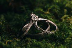 Diamond wedding ring detail photography // www.swatch-studios.com