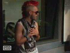 Jared Leto dancing to Don't Stop Believin' by Journey. Very Funny!