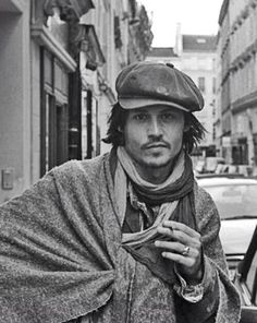 Johnny Depp - Celebrity Twitter Pictures