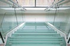 Картинки по запросу кованые ограждения стеклянных лестниц