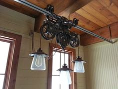 Hotdabble: Barn Trolley Light Fixtures Hanging/Wiring Ideas - All For House İdeas Cabin Lighting, Farmhouse Lighting, Rustic Lighting, Industrial Lighting, Vintage Lighting, Cool Lighting, Kitchen Lighting, Lighting Design, Lighting Ideas