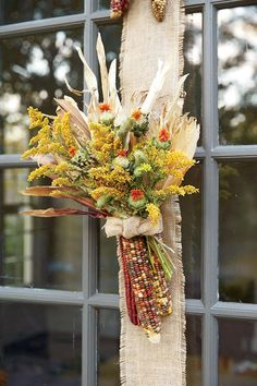 Festive Fall Wreath Ideas: Indian Corn Badge