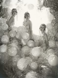 """Soapsuds Group"" Cecil Beaton photography of high-society damsels"