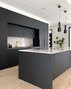 Minimal Kitchen Design, Luxury Kitchen Design, Kitchen Room Design, Contemporary Kitchen Design, Kitchen Cabinet Design, Interior Design Kitchen, Black Kitchen Decor, Home Decor Kitchen, Dark Grey Kitchen Cabinets