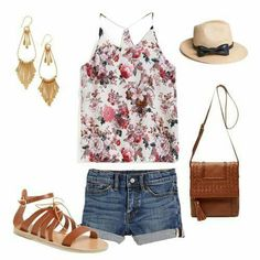 Shorts vaqueros + camiseta floral
