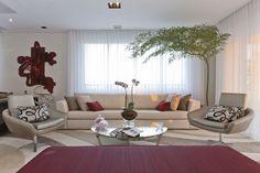 Sala de Estar em Apartamento de 310 m com Projeto de Interiores por Mayra Lopes