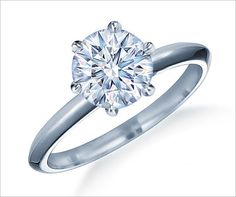 i like the simplicity of this ring..yet it's still beautiful :)