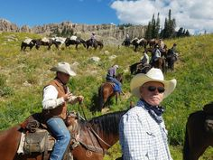 View natural areas and wildlife on one-day trail rides or multi-day horse packing trips horseback riding Wyoming, the Tetons and Idaho.