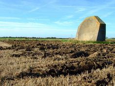 "Before Radar, they used these giant concrete ""Sound Mirrors"" to detect incoming enemy aircraft - Abandoned Spaces"