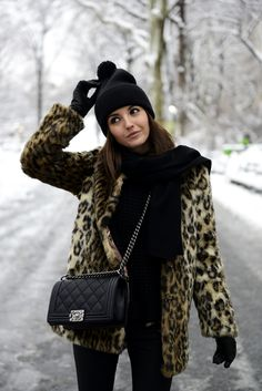 Fashion Blogger Alexandra Coat From Minusey And Chanel Boy Bag March 2014
