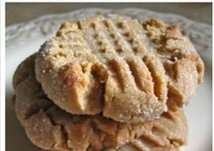 """ The Best Peanut Buter Cookies"" No Flour Added!"