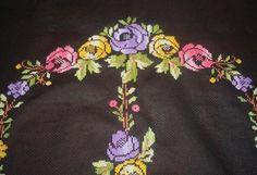 Çiçekli Güllü Etamin Seccade Örnekleri 2