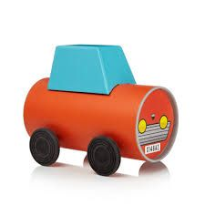 Tube Toys by Oscar Diaz. Made from the packaging. Toys For Girls, Kids Toys, Baby Toys, Recycled Toys, Cardboard Car, Eco Friendly Toys, Novelty Toys, Toys Online, Kids Hands
