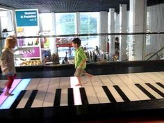 The Big Piano, an FAO Schwarz favorite