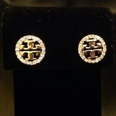 New Tory Burch Earrings Crystal Gold Small Round Stud | eBay want these