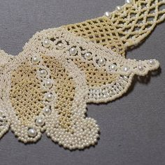 Bead Woven Lace Necklace Tutorial I Thee Wed (Advanced). $7.00, via Etsy.