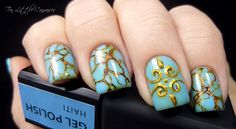 Weekly Mani: Turquoise nails | Ten Little Canvases
