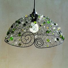 Inspiration for using a hanging basket as base Wire Wrapped Jewelry, Wire Jewelry, Wire Board, Copper Wire Art, Jewelry Hanger, Found Object Art, Wire Weaving, Wire Crafts, Beads And Wire