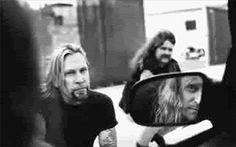 Gov't Mule 05-23-1998 Outback LodgeCharlottesville, VA All acoustic show  Set: Raven Black Night, End Of The Line, Goin' Down Slow, No Need To Suffer, Painted Silver Light, I Put A Spel…