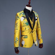 Classic Shawl Collar Men Yellow Blazer with Asian Art Print – FanFreakz Mens Hottest Fashion, Mens Fashion Suits, Yellow Suit, Yellow Blazer, Wedding Dress Men, Wedding Suits, Taxido Suit, Mens Suit Colors, Casual Wear For Men