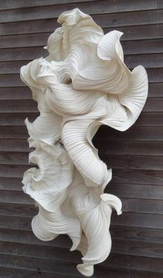 "Rippling Contours & Beautiful Textures ""Waterdrager"" paper sculpture //Peter Gentenaar"