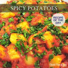 Delicious spicy potatoes - heat up your week Dinner Side Dishes, Dinner Sides, Dessert Drinks, Dessert Recipes, Great Steak, Low Sodium Recipes, Vegetable Dishes, Recipe Of The Day, Side Dish Recipes
