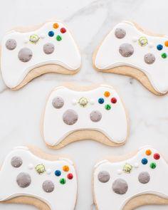 x-box remote control cookies for game night birthday party sweet kiera cookies #sweetkiera #skcookies #xboxbirthday