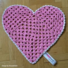 Heart Shaped Rug By BautaWitch - Free Crochet Pattern - See http://www.hoooked.nl/filesdownload.aspx?ID=152&taal=nl For PDF Pattern - (hoooked)