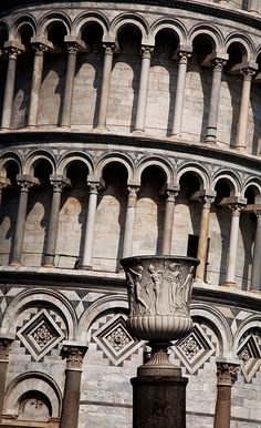 Detail of the Leaning Tower of Pisa; it is the campanile, or freestanding bell tower, of the cathedral of the Italian city of Pisa, Tuscany region, Italy and it is known worldwide for its unintended tilt to one side. #BnBGenius #lifeisajourney