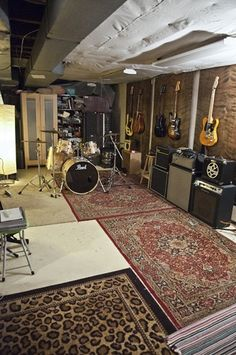 Looking for a place to record your music in the Philadelphia area? Here's your g… Looking for a place to record your music in the Philadelphia area? Here's your guy. Home Music Rooms, Music Studio Room, Drum Room, Guitar Room, Rock Room, Rehearsal Studios, Rehearsal Room, Sound Room, Band Rooms