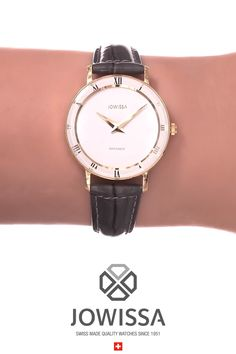 Elegant Swiss Women's Watch Casual Outfits For Teens, Teen Pictures, Elegant Woman, All About Fashion, Everyday Look, Michael Kors Watch, Black Leather, Swiss Watch, Ladies Watches