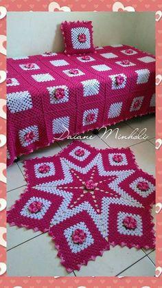 Best 12 Granny Square Runner Pattern Diagram and Inspiration Filet Crochet, Crochet Mat, Crochet Rug Patterns, Crochet Carpet, Crochet Home, Baby Knitting Patterns, Crochet Crafts, Crochet Doilies, Crochet Flowers