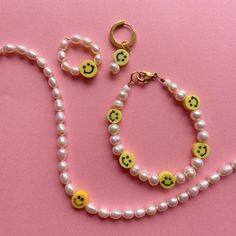 Preppy Bracelets, Handmade Bracelets, Handmade Jewelry, Beaded Bracelets, Trendy Jewelry, Summer Jewelry, Cute Jewelry, Beaded Jewelry Designs, Bead Jewellery