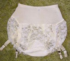 Vintage 1950s girdle Bloomer Panties with Garters S