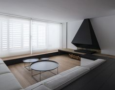 The lovely and unassuming GN Apartment in Spain was designed by Barcelona-based firm Francesc Rifé Studio. In lieu of dividing walls, GN Apartment . Modern Fireplace, Fireplace Design, Interior Architecture, Interior And Exterior, Interior Minimalista, Minimalist Interior, Minimalist Style, Interior Design Studio, Apartment Interior