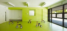 "Image 2 of 32 from gallery of Kindergarden, Primary and Secondary School ""Les Vinyes"" / MMDM Arquitectes S. Photograph by Eugeni PONS Public School, School S, School Classroom, Secondary School, Primary School, Elementary Schools, School Building Design, School Design, Coral Pantone"