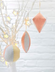 How to sew Christmas tree baubles