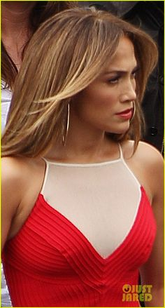 Make-up ideen morenas jennifer lopez highlights Trendy Ideas - Makeup İdeas Elegant Jennifer Lopez, Prom Makeup For Brown Eyes, J Lo Fashion, Pretty Hairstyles, Elegant, My Idol, My Hair, Sexy, Beautiful People