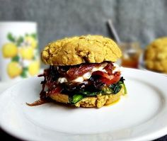 Paleo breakfast biscuit sandwich with maple dijon bacon Paleo Diet Breakfast, Breakfast Recipes, Free Breakfast, Biscuit Sandwich, Breakfast Biscuits, Paleo Recipes Easy, Paleo Food, Paleo Life, Paleo Whole 30