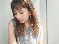 Japanese Hairstyle Pin By Medium Hair Styles, Natural Hair Styles, Short Hair Styles, Short Bob Hairstyles, Hairstyles Haircuts, Pretty Hairstyles, Hair Arrange, Hair Magazine, Japanese Hairstyle