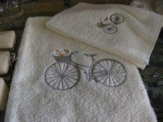 Asciugamani in spugna del Tessuto Artistico Montefalco