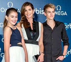 Cindy Crawford | Celebrity Moms' Beauty Tips