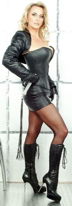 Kinky Boots - SchoolGirl Tart