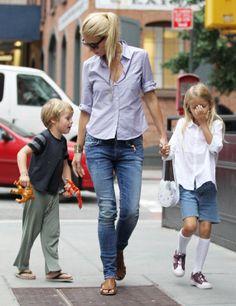 Gwyneth Paltrow, Apple y Moses